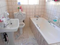 Bathroom 1 - 3 square meters of property in Turffontein