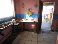 Kitchen - 12 square meters of property in De Deur Estates