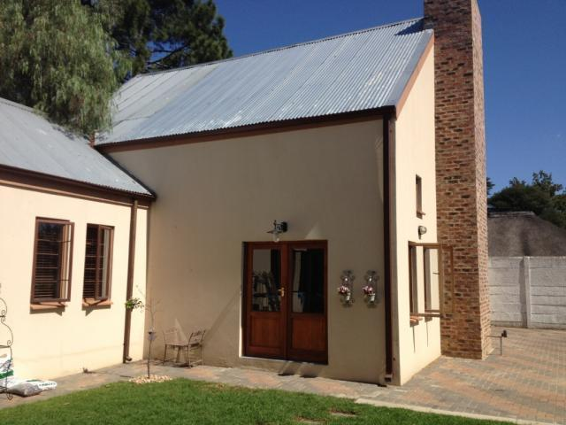 3 Bedroom House for Sale For Sale in Sasolburg - Home Sell - MR089239