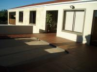 Spaces - 44 square meters of property in Albertinia