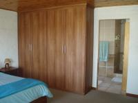 Main Bedroom - 13 square meters of property in Albertinia