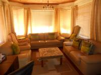 Lounges - 27 square meters of property in Newfields