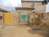 2 Bedroom 2 Bathroom in Potchefstroom