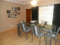 Dining Room - 29 square meters of property in Rooihuiskraal