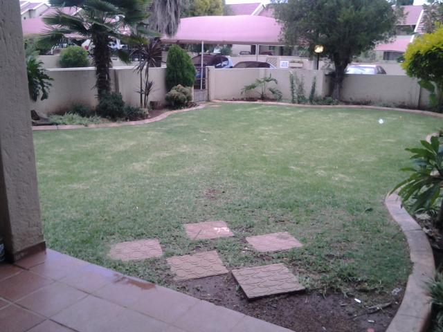 3 Bedroom Sectional Title for Sale For Sale in Kempton Park - Private Sale - MR089482