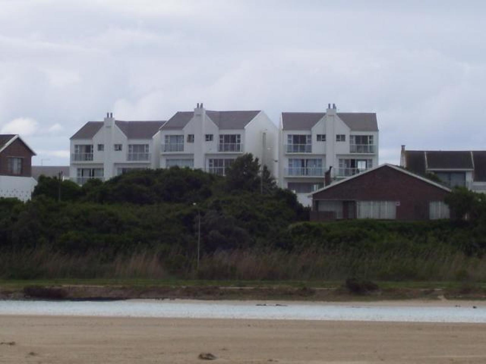 Front View of property in Jeffrey's Bay