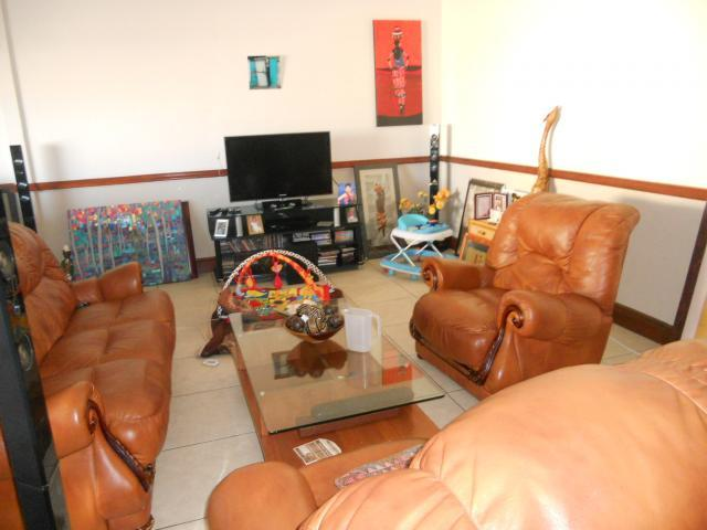 2 Bedroom Apartment for Sale For Sale in Somerset West - Home Sell - MR089577