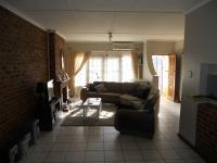 Lounges - 20 square meters of property in Ocean View - DBN