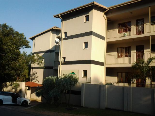 2 Bedroom Apartment for Sale For Sale in Sonheuwel - Home Sell - MR089758