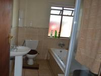 Main Bathroom - 6 square meters of property in Montana