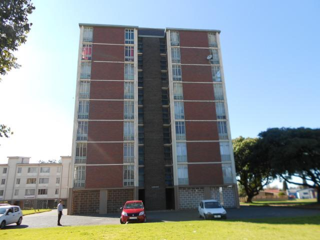 2 Bedroom Apartment for Sale For Sale in Sophiatown - Home Sell - MR089809