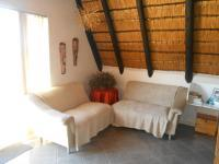 Lounges - 15 square meters of property in Buffelspoort