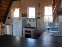 Kitchen - 10 square meters of property in Buffelspoort