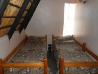 Bed Room 1 - 10 square meters of property in Buffelspoort