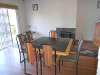 Dining Room - 24 square meters of property in Quellerina