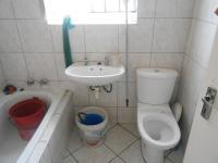 Main Bathroom - 3 square meters of property in Strand