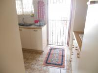Kitchen - 12 square meters of property in Windsor Park - CPT