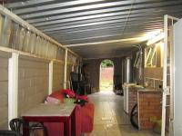 Scullery - 25 square meters of property in Lenasia South