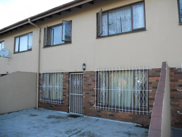 4 Bedroom Duplex for Sale For Sale in Berea - DBN - Home Sell - MR089987