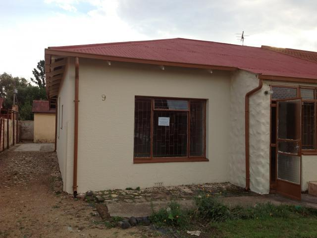 3 Bedroom House For Sale in Benoni - Home Sell - MR090018