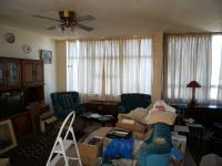 Lounges - 26 square meters of property in Springfield - DBN
