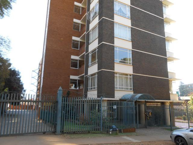 1 Bedroom Apartment for Sale For Sale in Bailey's Muckleneuk - Private Sale - MR090141