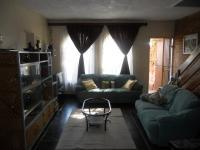 Lounges - 25 square meters of property in Rietfontein