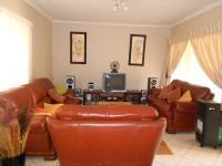 Lounges - 21 square meters of property in Randburg