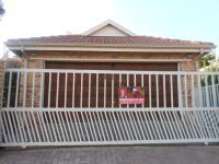 3 Bedroom 2 Bathroom in Radiokop