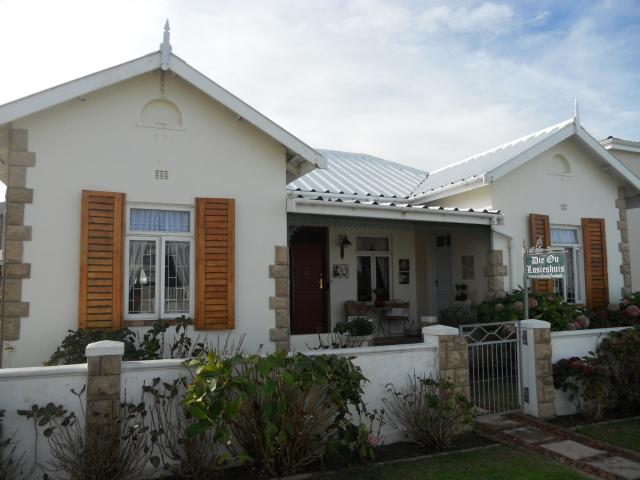 Absa Bank Trust Property 4 Bedroom House For Sale in Hermanus - MR090295