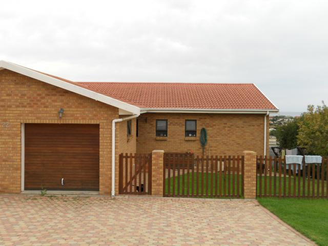 2 Bedroom Duet for Sale For Sale in Hartenbos - Private Sale - MR090354