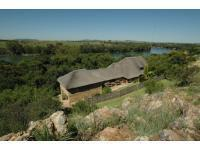 4 Bedroom 5 Bathroom in Vaal Oewer
