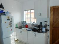Kitchen - 13 square meters of property in Rosslyn