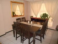 Dining Room - 10 square meters of property in Bromhof