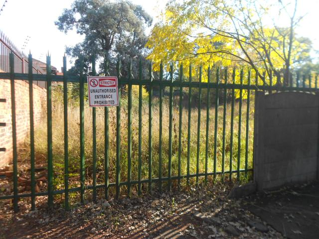 Land for Sale For Sale in Houghton Estate - Private Sale - MR090483
