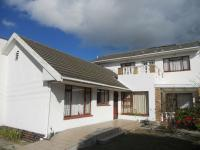 8 Bedroom 4 Bathroom House for Sale for sale in Heathfield
