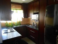 Kitchen - 5 square meters of property in Fleurhof