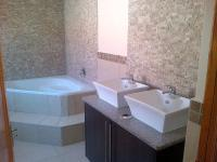 Bathroom 2 of property in Emalahleni (Witbank)