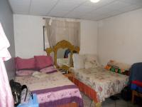 Bed Room 1 - 16 square meters of property in Durban Central