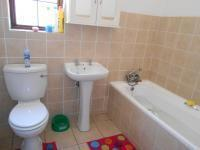 Bathroom 1 - 6 square meters of property in Halfway Gardens