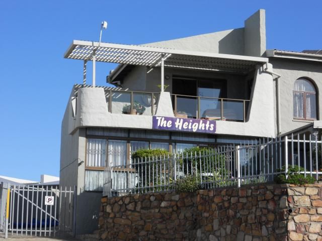 3 Bedroom Simplex for Sale For Sale in Mossel Bay - Home Sell - MR090598