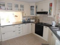 Kitchen - 17 square meters of property in Mossel Bay
