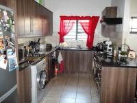 Kitchen - 14 square meters of property in Gordons Bay