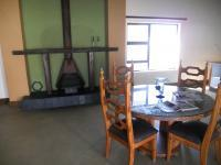 Dining Room - 22 square meters of property in Brackenfell