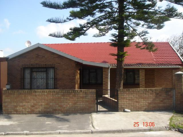 3 Bedroom House For Sale in Nooitgedacht - Home Sell - MR090697