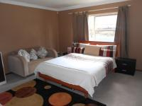 Main Bedroom - 24 square meters of property in Randburg