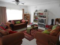 Lounges - 35 square meters of property in Northdene