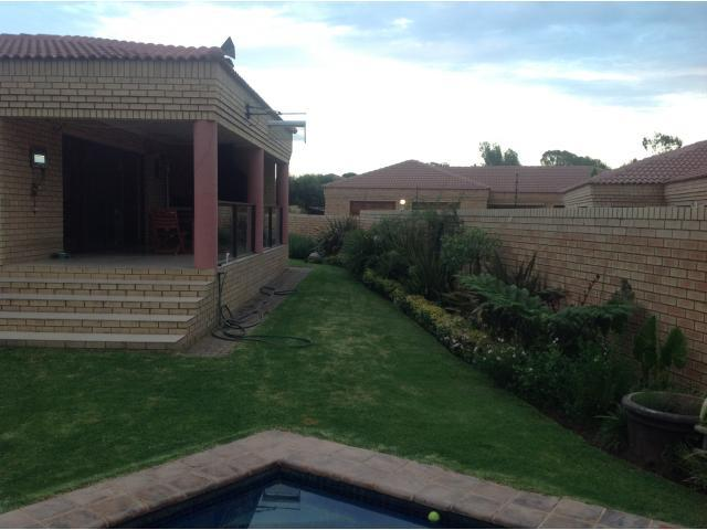 3 Bedroom Cluster for Sale For Sale in Parys - Private Sale - MR090783
