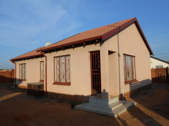 3 Bedroom House for Sale For Sale in Soshanguve - Private Sale - MR090833