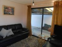 Lounges - 10 square meters of property in Bayview - CT